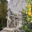 モンソー公園のショパン像